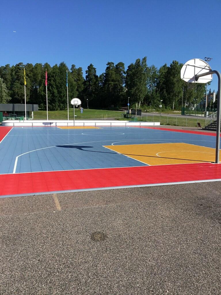 Kuva toimipisteestä: Espoonlahden urheilupuisto / Koripallokenttä