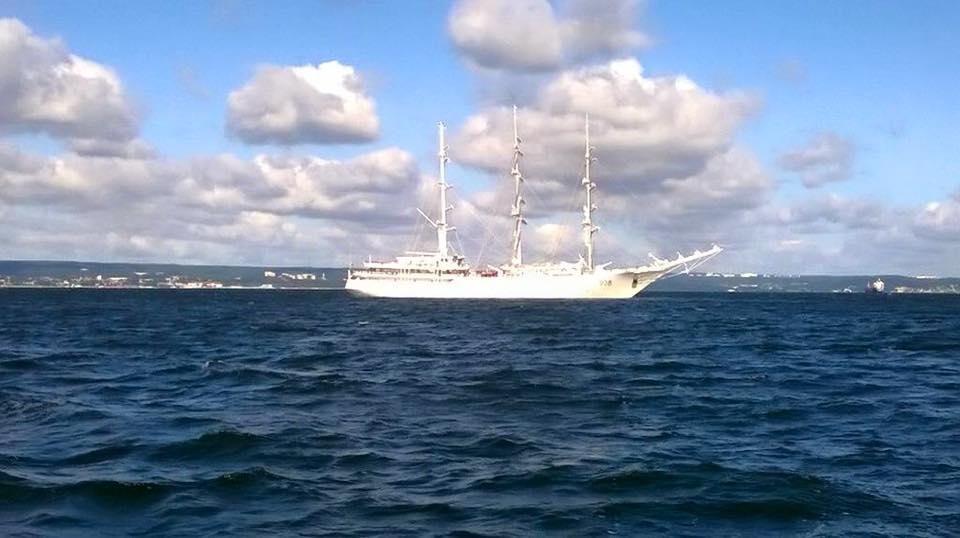 صور السفينة الشراعية الجزائرية  [ الملاح 938 ] - صفحة 8 36067109195_01810cf5ab_o