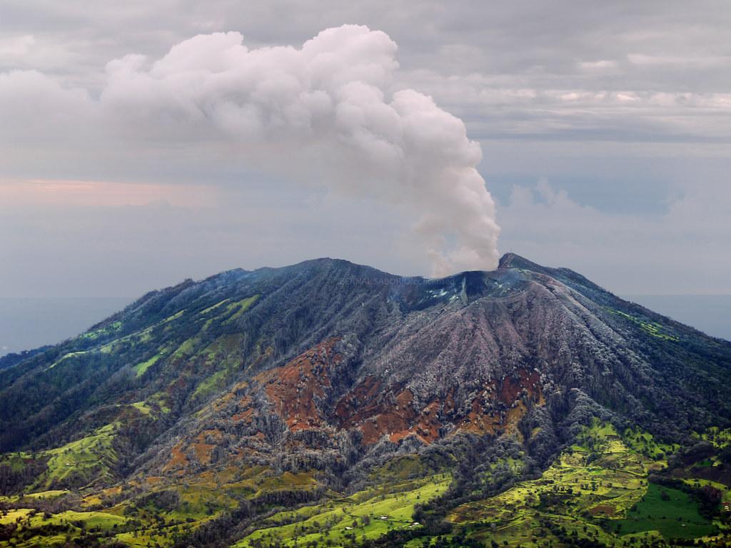 Turrialba volcano | Turrialba volcano (3328m. above sea ...