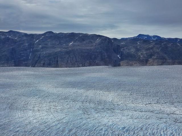 Glaciar Qorqup a vista de helicóptero (Groenlandia)