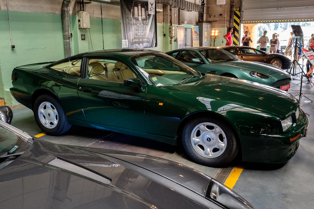 1988 Aston Martin Virage Production Number 001 The First P Flickr