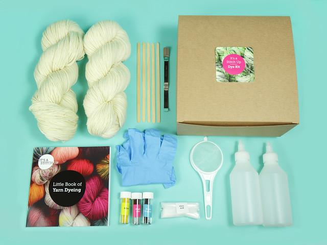 Deluxe yarn dyeing kit – 200g superwash merino or British wool
