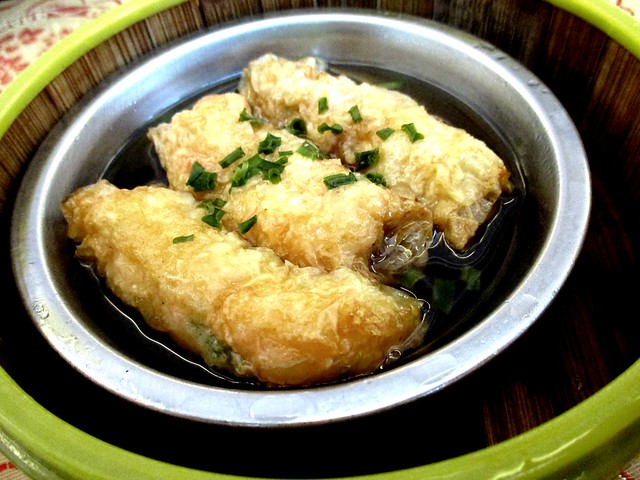 Prawns wrapped in bean curd skin