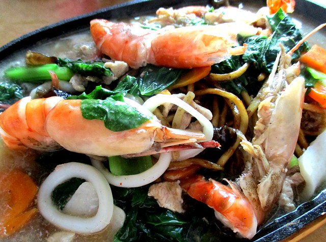 Jiali Cafe sizzling hot plate prawn noodles