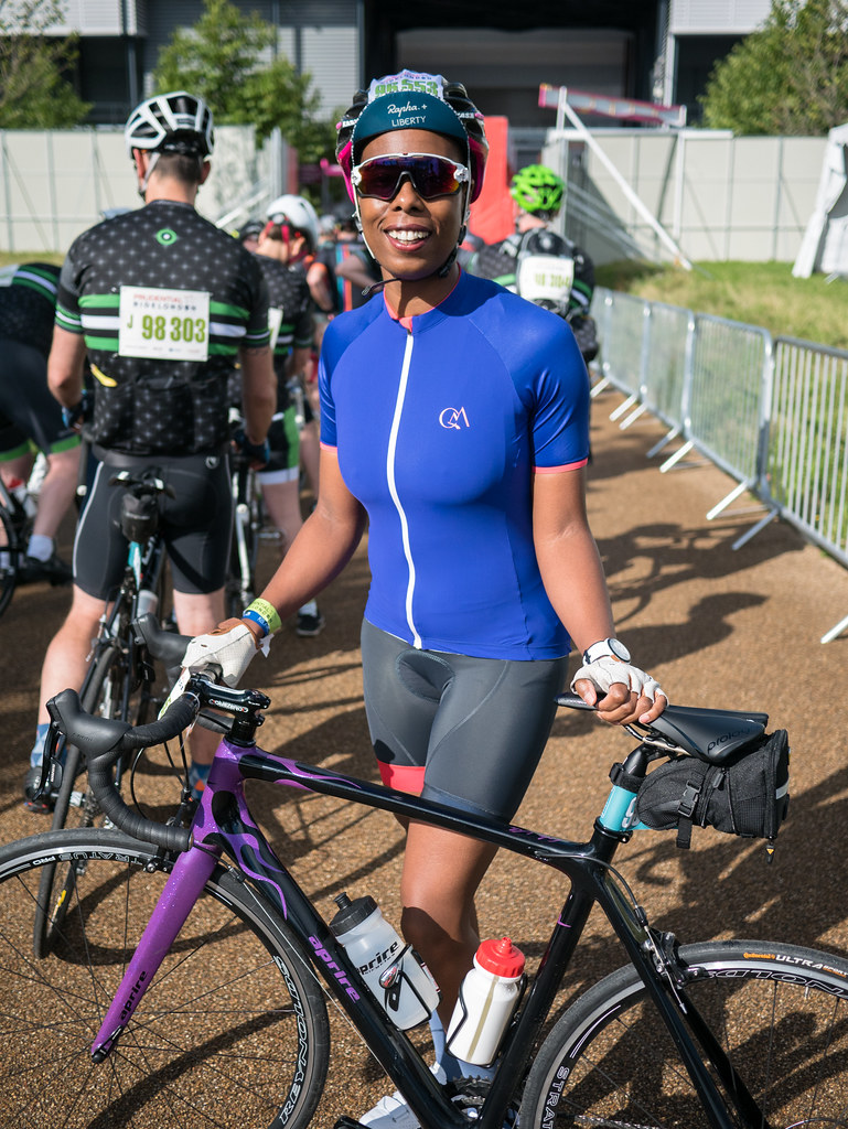 ladyvelo-jools-walker-ride-london-2017-startline-cycling