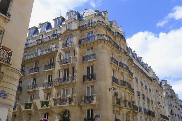Des Mots & Des Arts, Paris