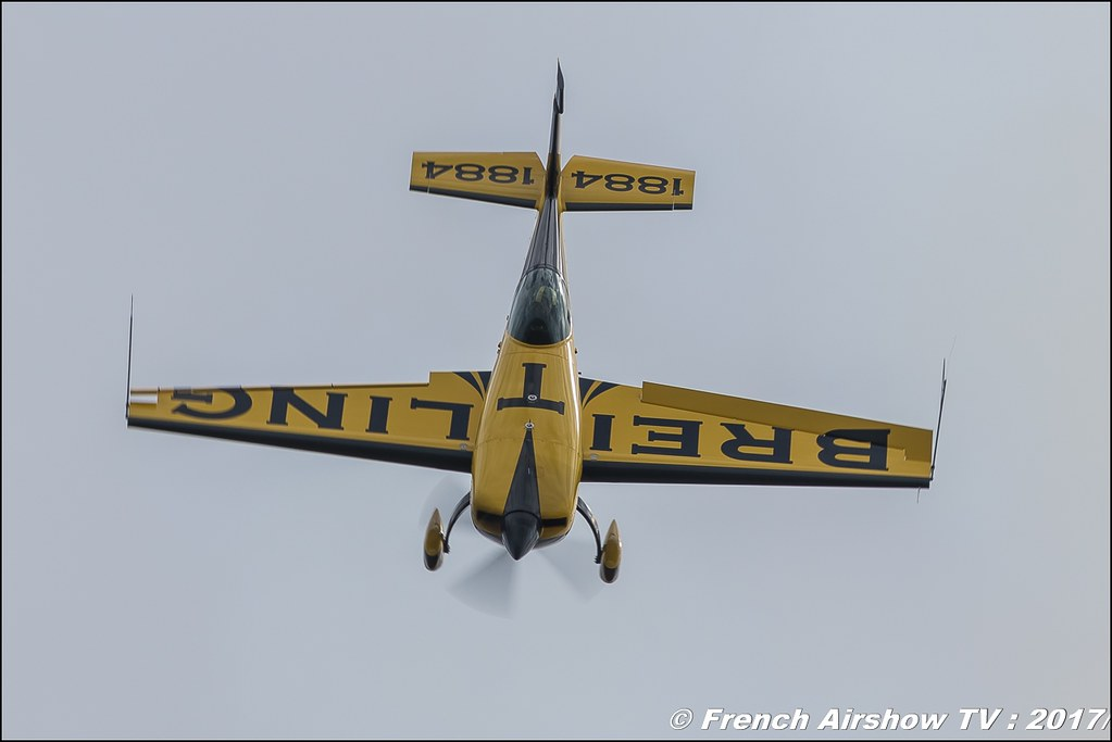 Extra EA-330SC - F-HMKF - breitling Mickael Brageo , Meeting de France 2017 , Dijon longvic , Bleuciel Airshow, meeting aerien dijon 2017 , Meeting aerien de France a Dijon