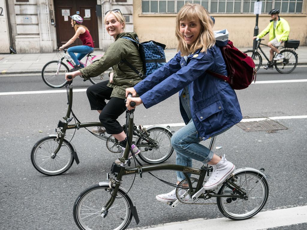 brompton-barbour-bikes-cycling-velocitygirl-freecycle
