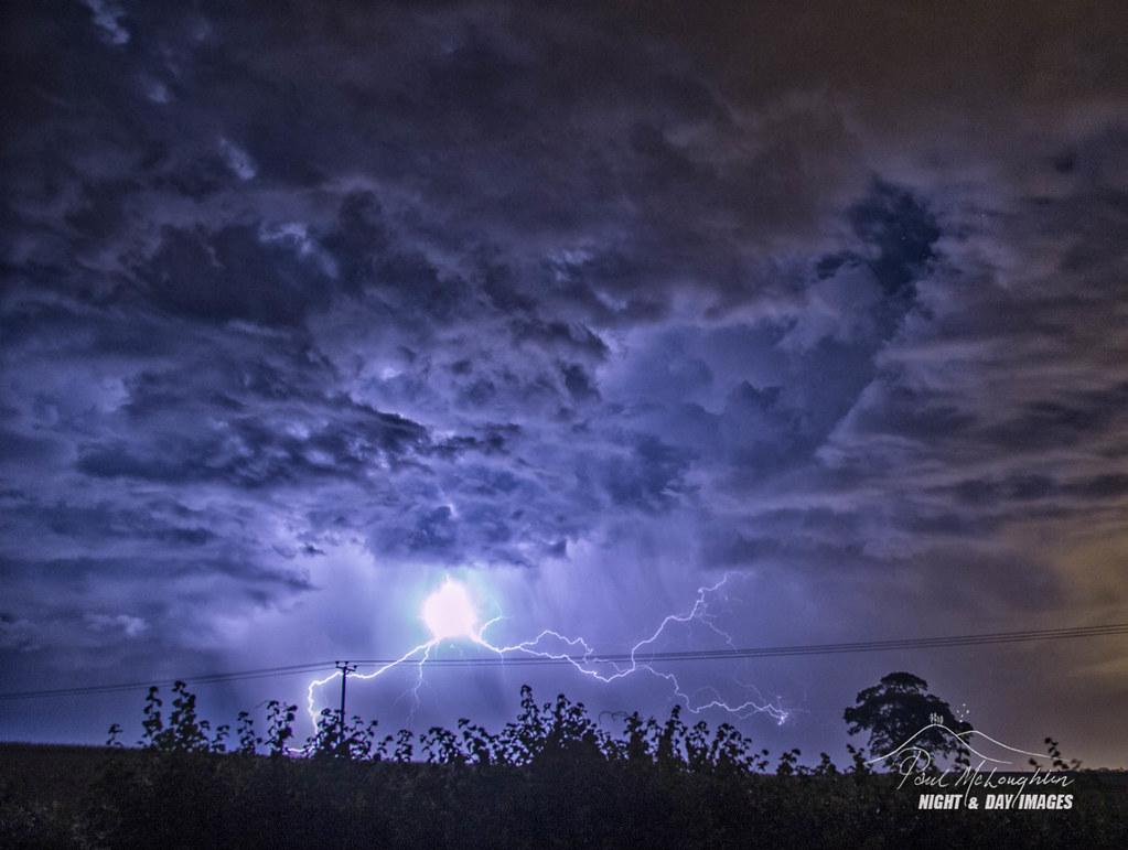 ball lightning heaven s alight major lightning flash w flickr