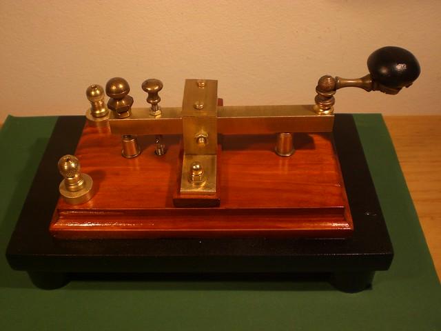 il telegrafo datazione matchmaking in base alla data di nascita e al tempo