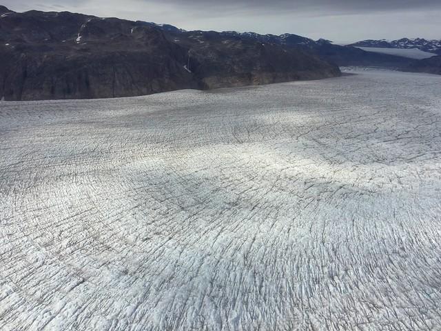 Glaciar en el sur de Groenlandia (Vista desde el vuelo en helicóptero que tomamos en Narsarsuaq)