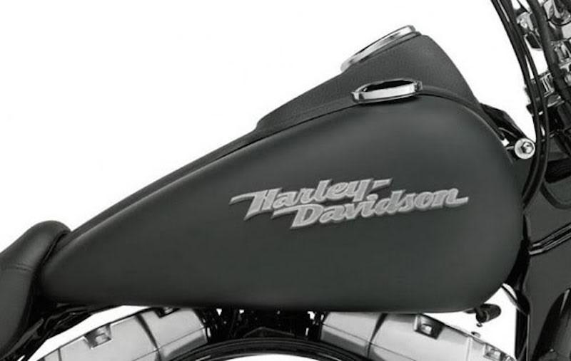 2009 Harley Davidson Dark-Custom™ Street Bob® Gas Tank