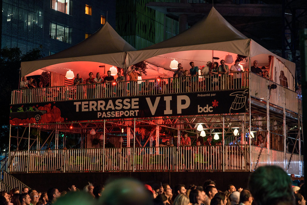VIP Tent | by caribb VIP Tent | by caribb & VIP Tent | July 22 2017 - The VIP Section in the Quartier deu2026 | Flickr