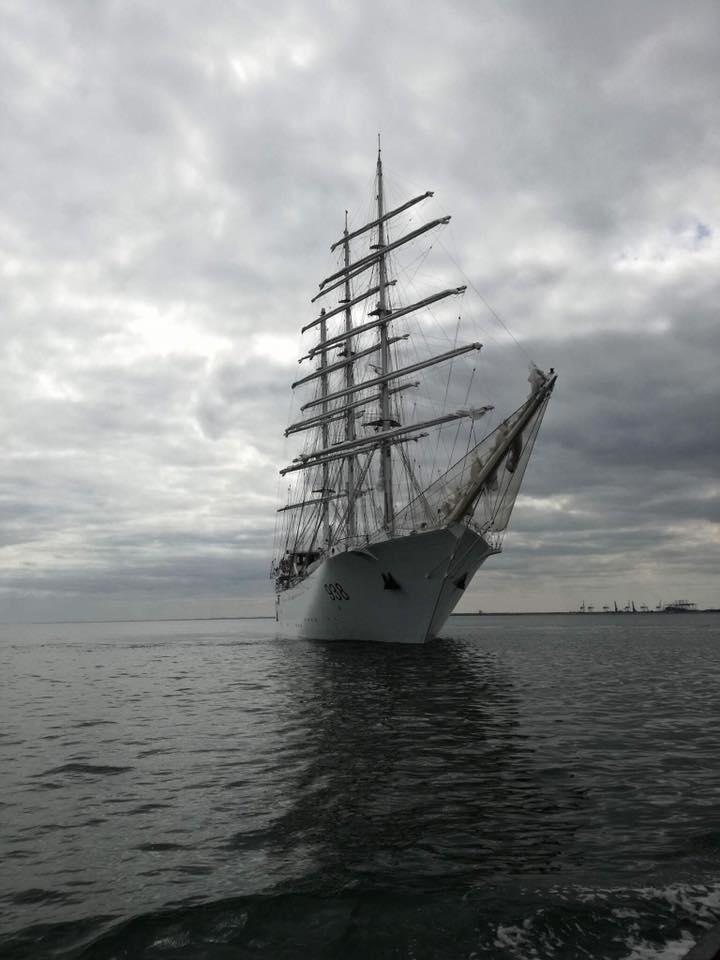 صور السفينة الشراعية الجزائرية  [ الملاح 938 ] - صفحة 8 35677707060_fe3582ac4a_o