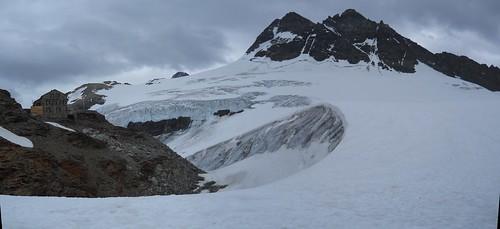 Mutthorn Hut (2900m).