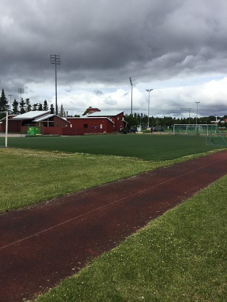 Kuva toimipisteestä: Tapiolan urheilupuisto / Pienpelikenttä