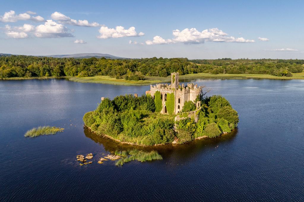 Limited White >> Fairytale Castle of Lough Key - Ireland   Mac Dermott's Cast…   Flickr
