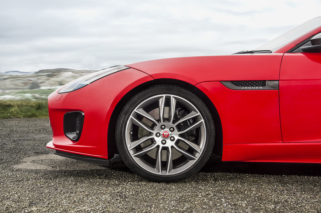 ... The New Jaguar F TYPE Four Cylinder: A Pure Sports Car With Even Greater