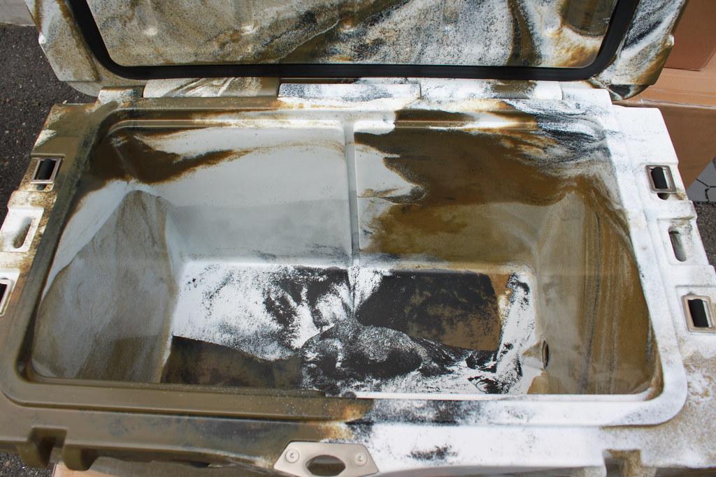 アイスランドクーラーボックスーIcelandCoolerBox45QTデザートカモセット