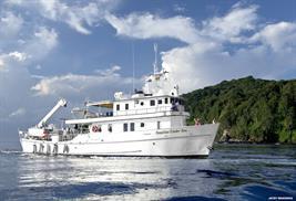 Barco de buceo Revillagigedo