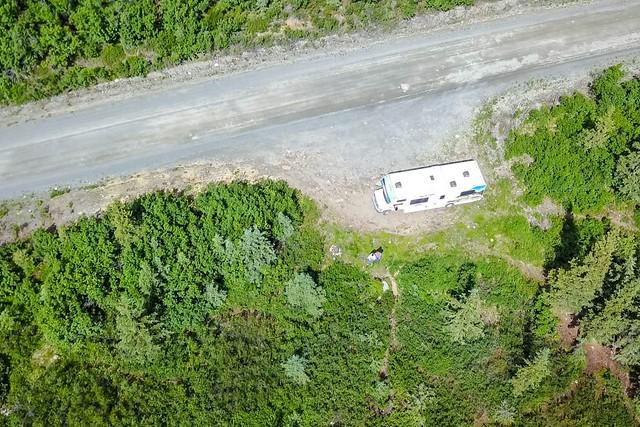 Nuestra autocaravana en Alaska a vista de drone