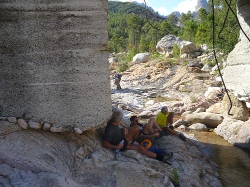 Pause au retour sous le pont de Figa