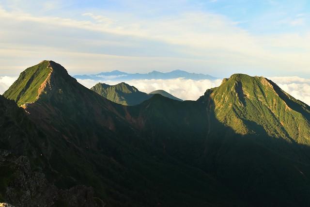 横岳から眺める赤岳~阿弥陀岳と南アルプス