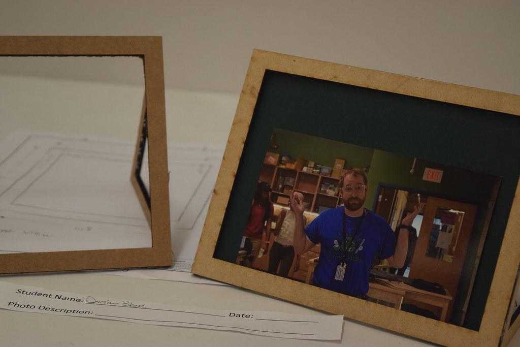 DSC_4305 | Senior Picture Frames | Mr. Hardin | Flickr