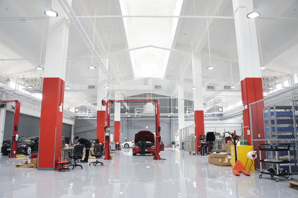Tesla服務中心