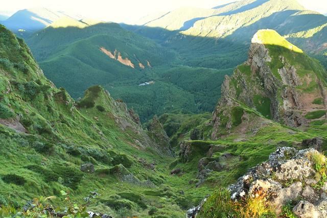 横岳の断崖絶壁