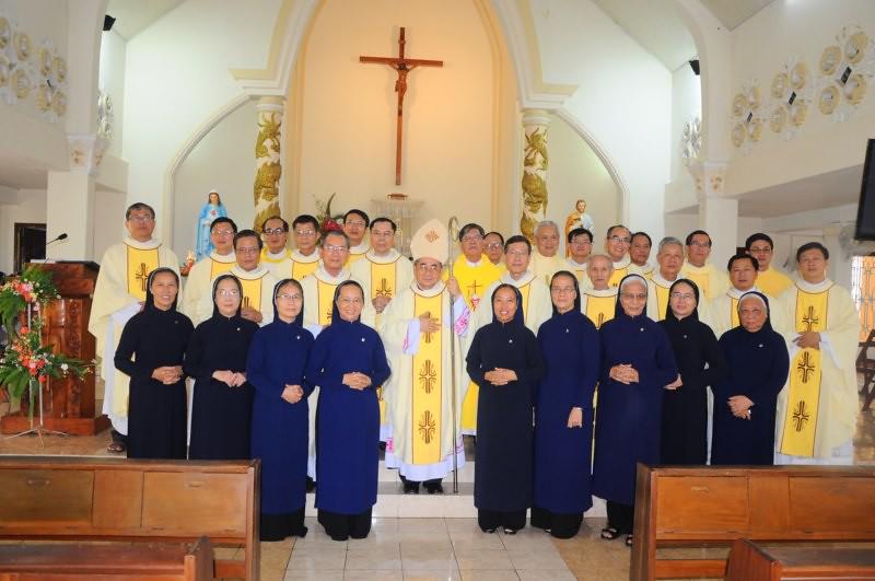 Hội Dòng Khiết Tâm Đức Mẹ Nha Trang Khai Mạc Năm Thánh 60 Năm Thành Lập