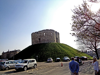 Cliffords Tower 01 | by worldtravelimages.net