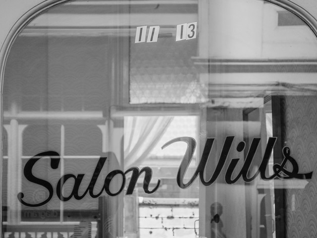salon wills, castle arcade