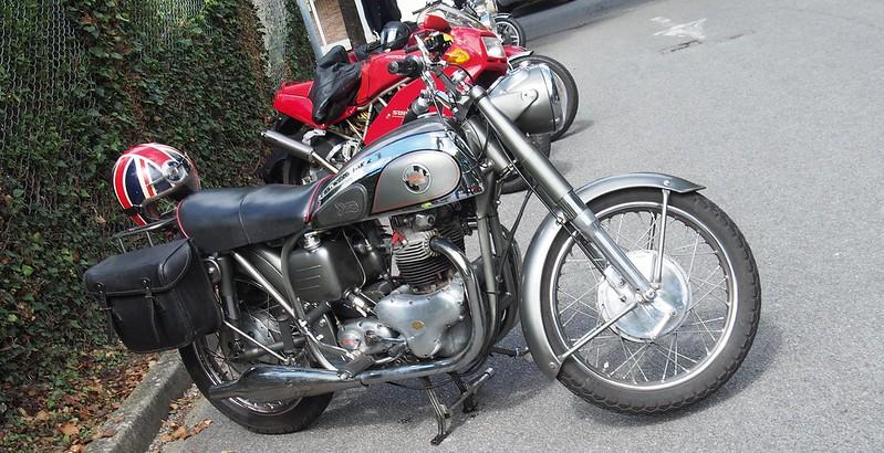 Norton 500 Dominator 88 / 1956 - Beynes (78) Août 2017 36497202496_8d584e109d_c
