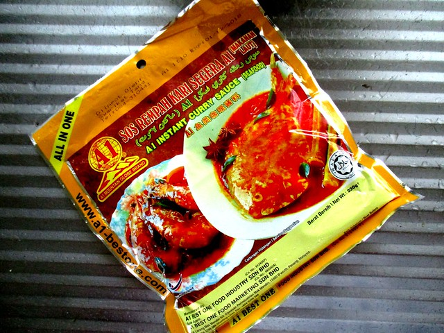 A1 Mountain Globe instant curry paste, seafood