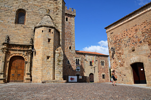 Exploring the casco histórico, Caceres, Extramadura