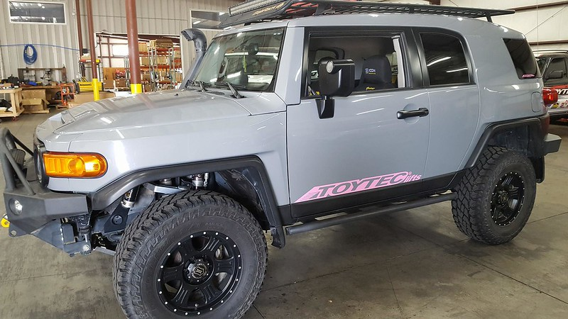 Modified FJ Cruiser from Toytec Lifts