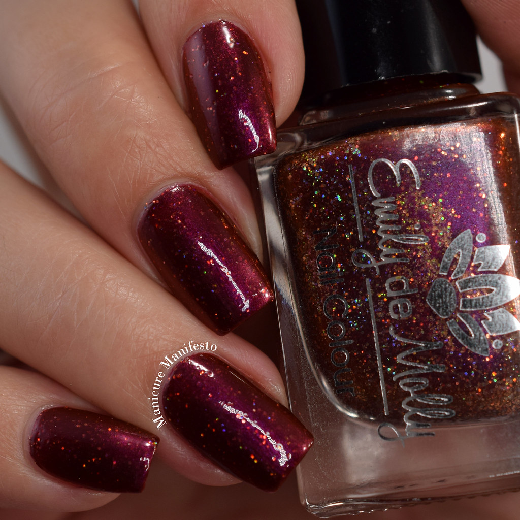 Emily De Molly End Of Seasons swatch