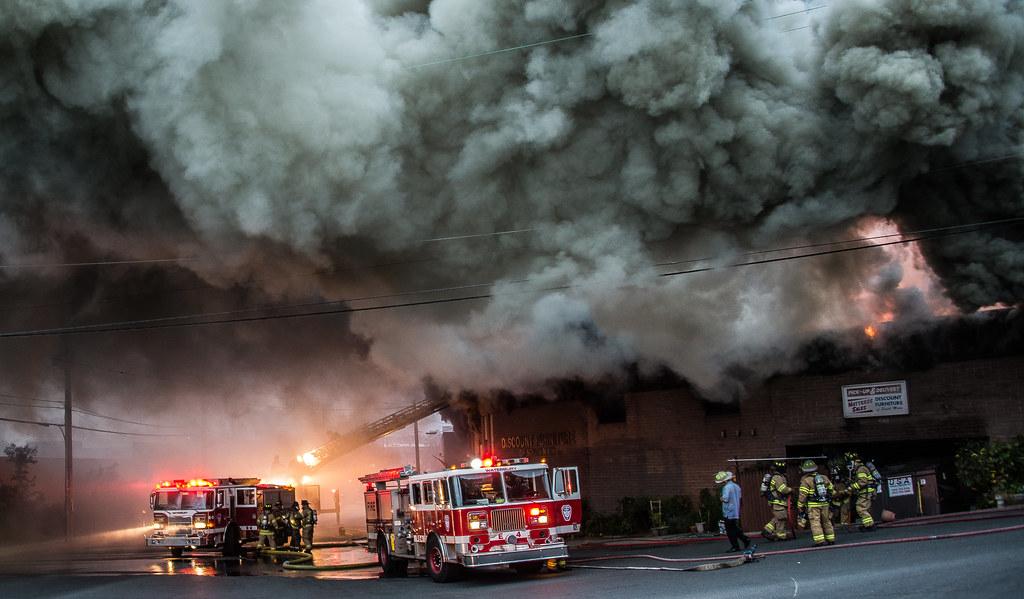 Multi Alarm Furniture Store Fire Waterburyct 091817 Flickr