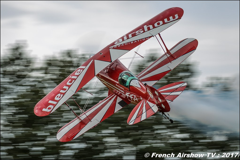 Aeromythic Franck SOUBRANE Pitts voltige et Eddy DUSSEAU Extra 260 bleuciel-airshow , Bleuciel Airshow , Free Flight World Masters , Legend Air en Limousin 2017 , aérodrome de Saint Junien 2017 , Meeting Aerien 2017