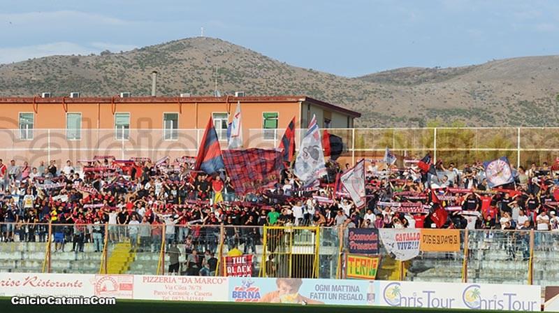 Un'immagine dei tifosi della Casertana al