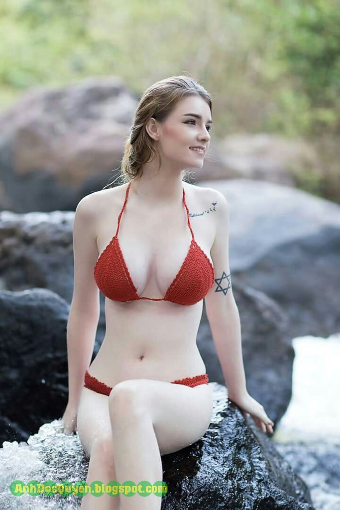 Hot blonde andrea models topless in panties - 1 2