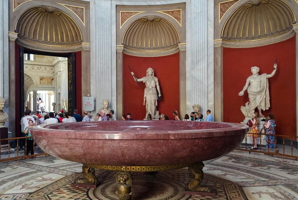 Sala Rotonda In Vatican Museum Nero S Bath Sala