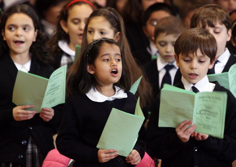 Cantando en misa