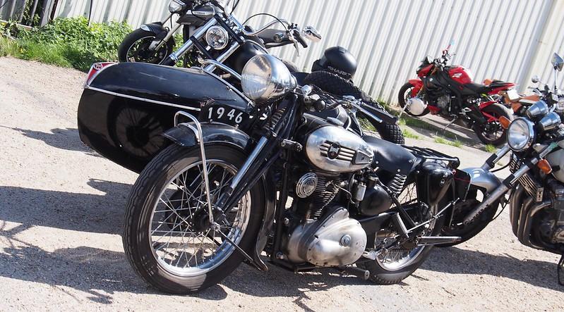 Terrot & Side Car 1946 - Cerny (91) Août 2017 36528235462_f2f458c615_c