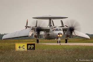 165456 - France - Navy Grumman E-2C Hawkeye carrier transition (1 of 1) | by A380_sully