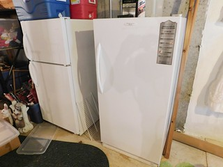 Frigidaire freezer and refrigerator | by thornhill3