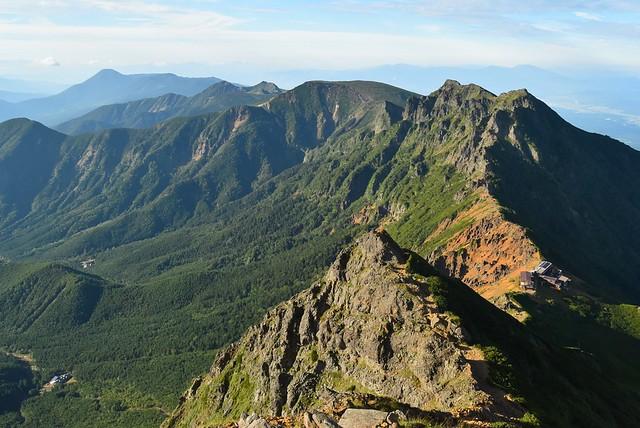 赤岳から眺める横岳~硫黄岳方面の展望
