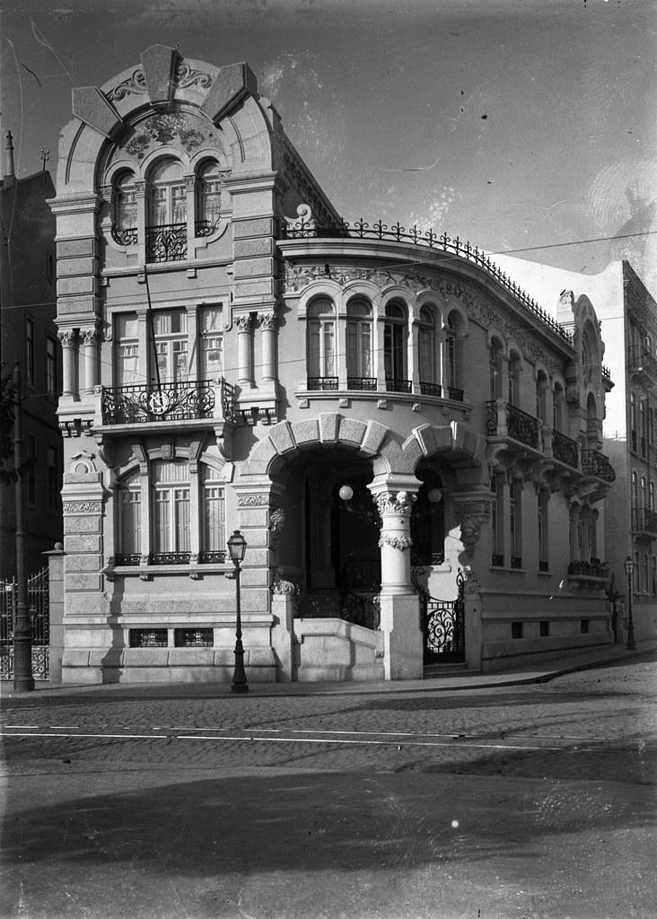 Palacete de Nuno Pereira de Oliveira, Saldanha (J. Benoliel, 191...)