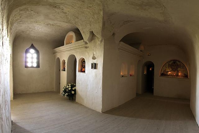 Иоанно-Предтеченский пещерный храм – свидетель покаянных слез и молитвенных воздыханий преподобного Иоанна